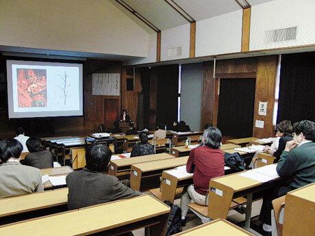 [写真]卒業論文発表会の様子
