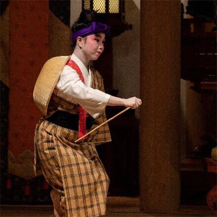 [写真]雑踊り「むんじゅる」