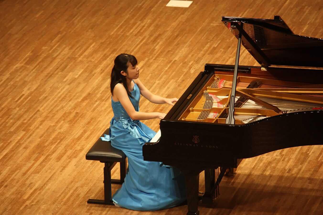 [写真]学内演奏会 ―ピアノコース4年―演奏風景6