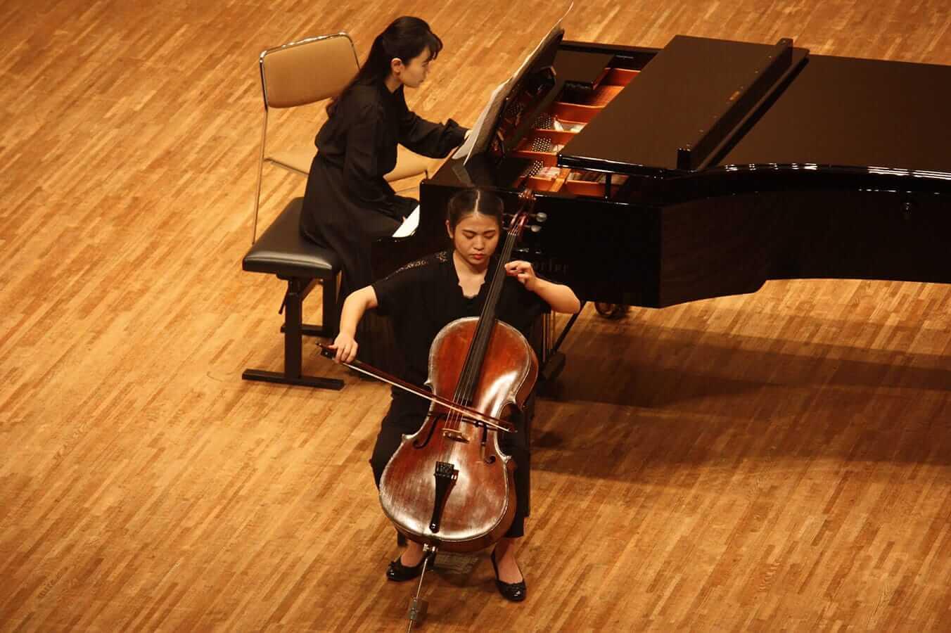[写真]学内演奏会 ―弦楽コース―演奏風景6