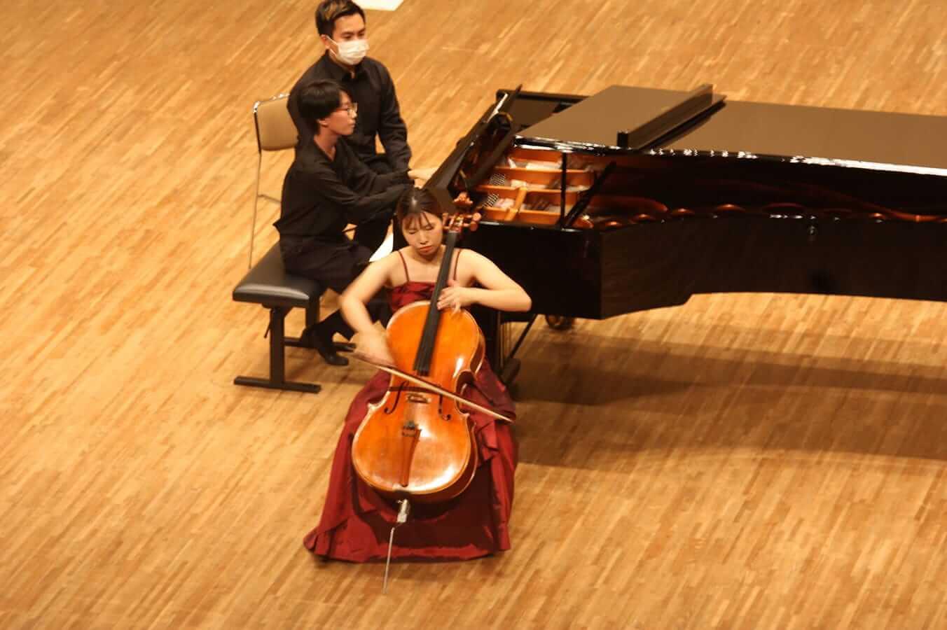 [写真]学内演奏会 ―弦楽コース―演奏風景8
