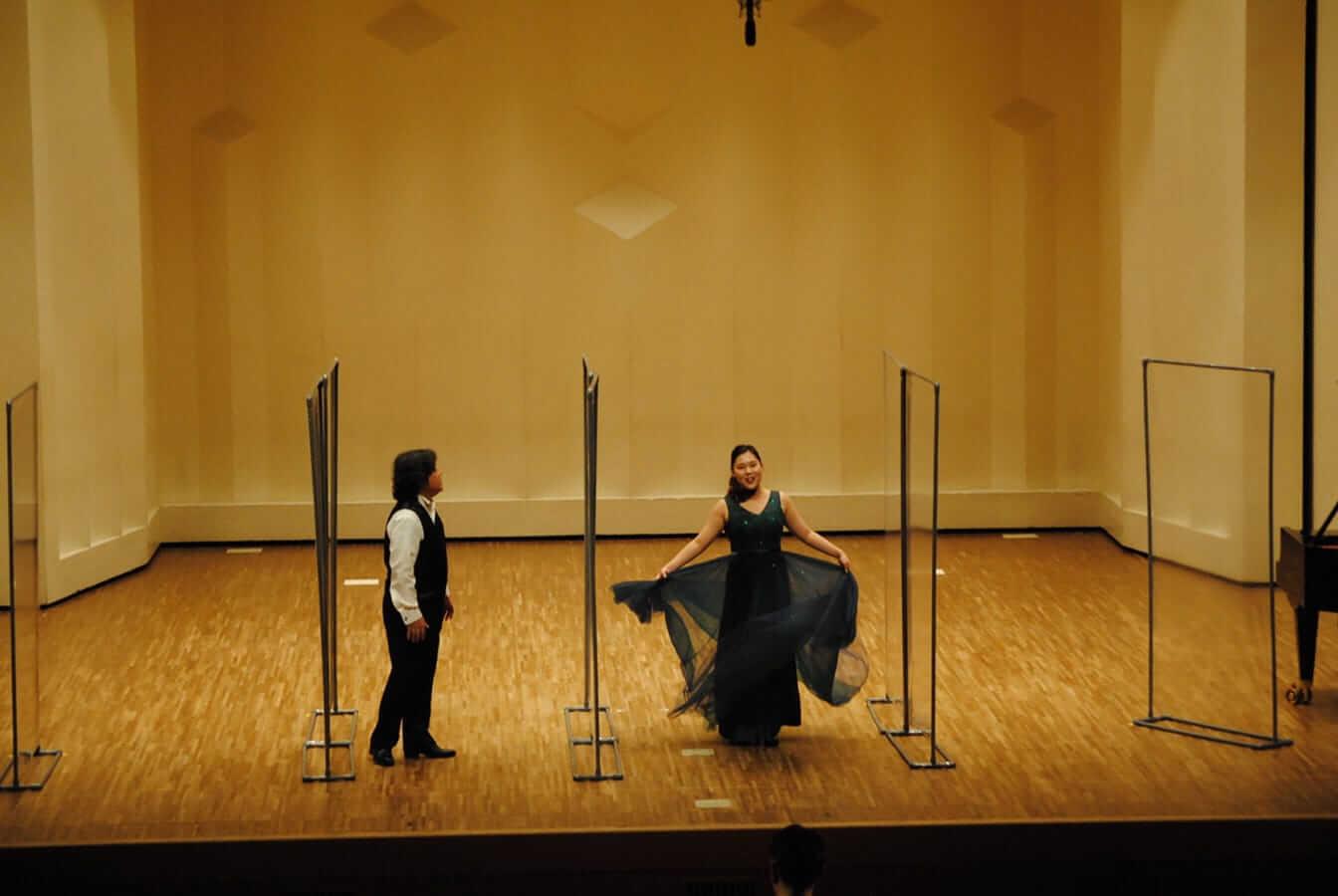 [写真]第12回学内演奏会 ―声楽コース 声楽専修 オペラアンサンブル―演奏風景1