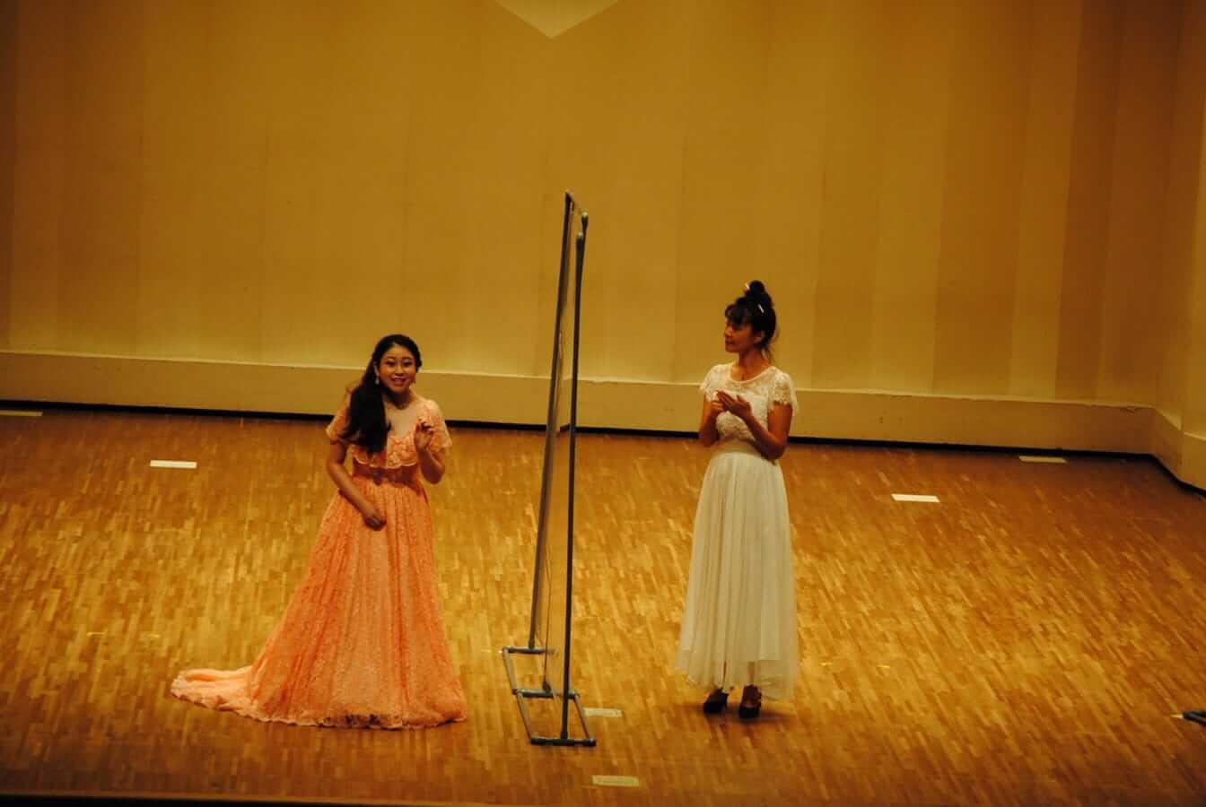 [写真]第12回学内演奏会 ―声楽コース 声楽専修 オペラアンサンブル―演奏風景8