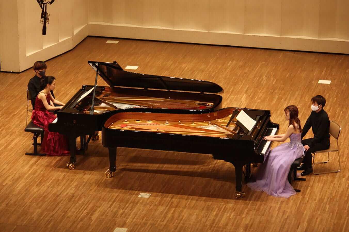 [写真]学内演奏会 ―ピアノコース―演奏風景2