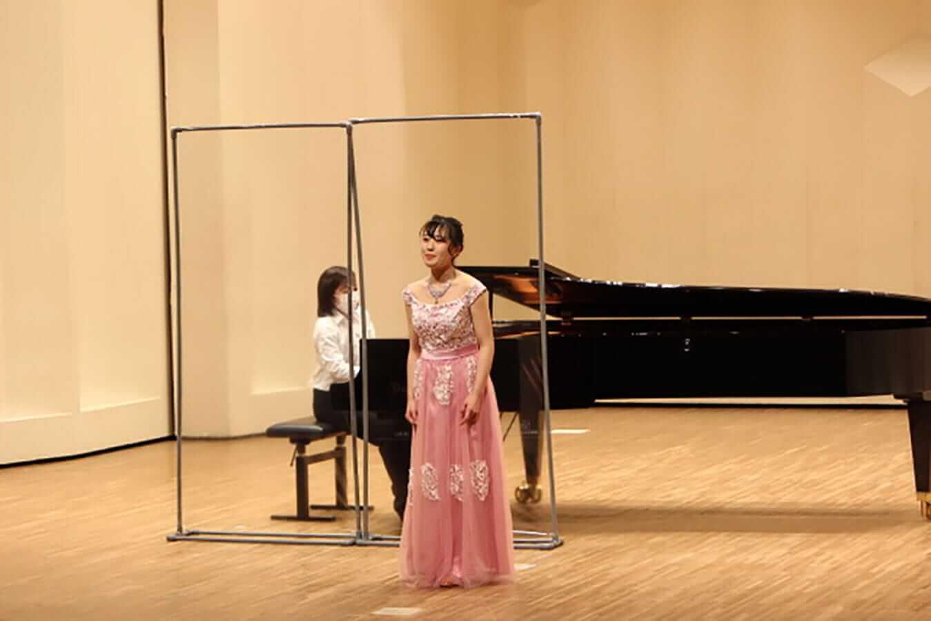 [写真]学内演奏会 ―声楽コース 1・2年次 独唱 3年次 日本歌曲―演奏風景5