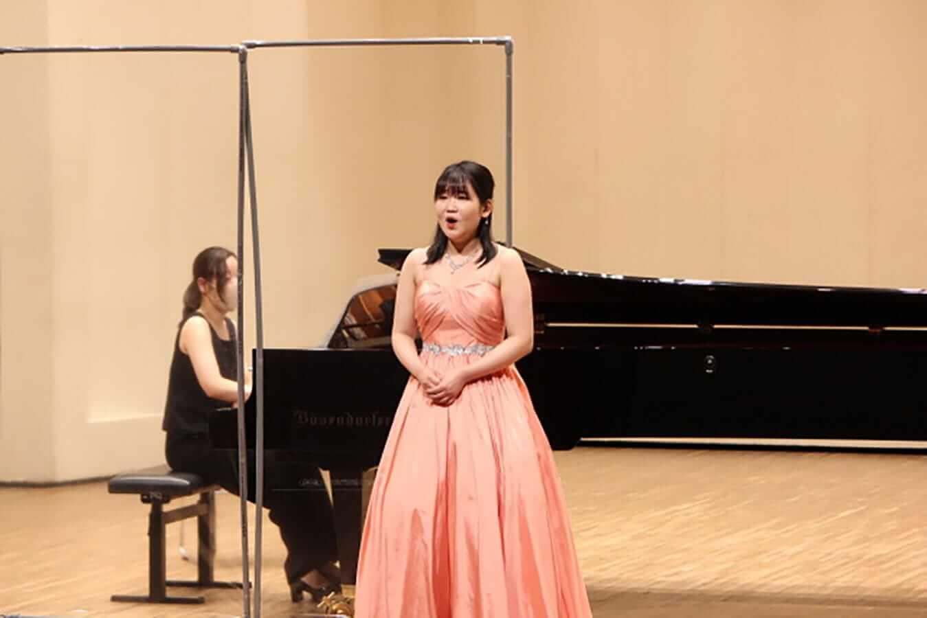 [写真]学内演奏会 ―声楽コース 1・2年次 独唱 3年次 日本歌曲―演奏風景7