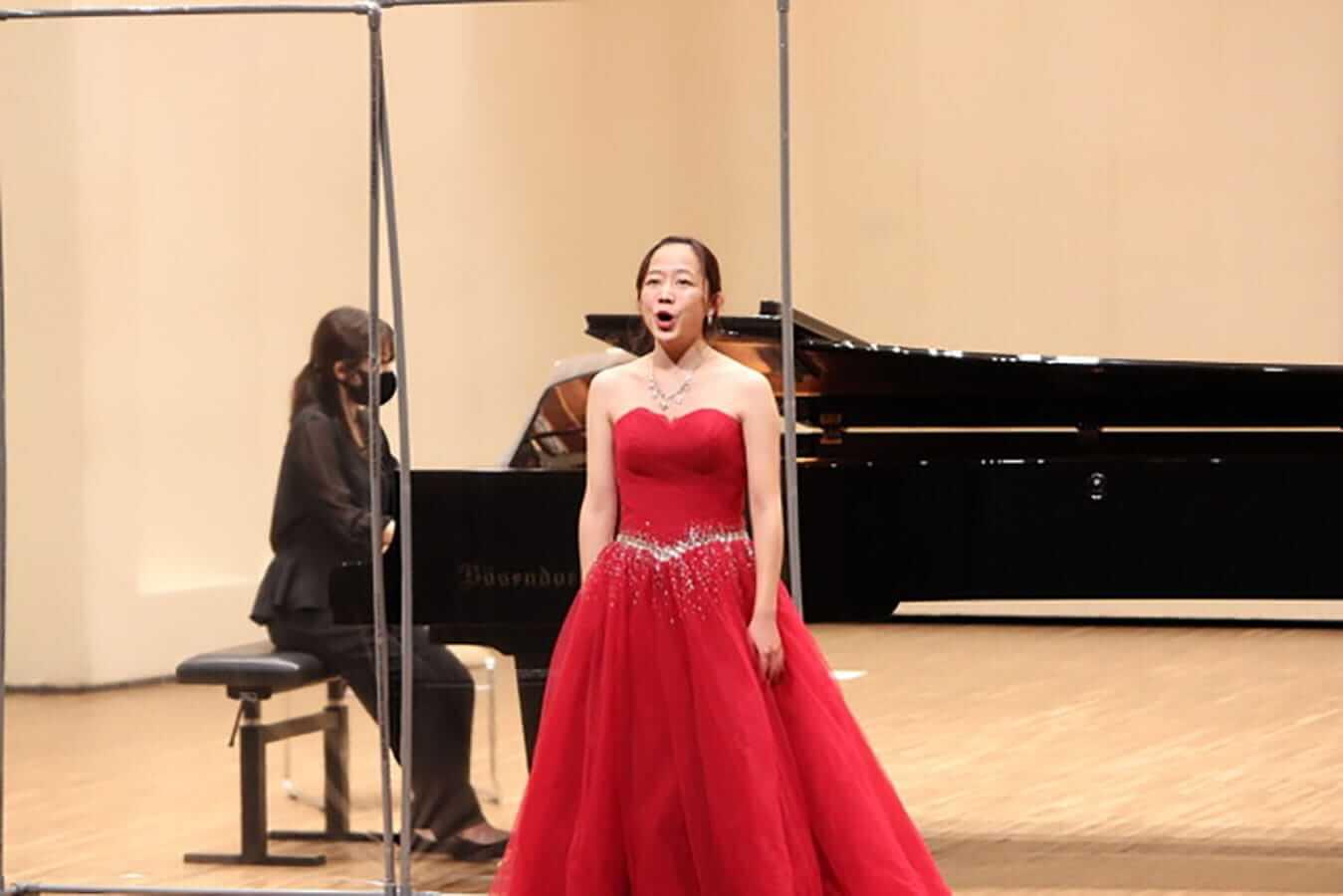 [写真]学内演奏会 ―声楽コース 1・2年次 独唱 3年次 日本歌曲―演奏風景9