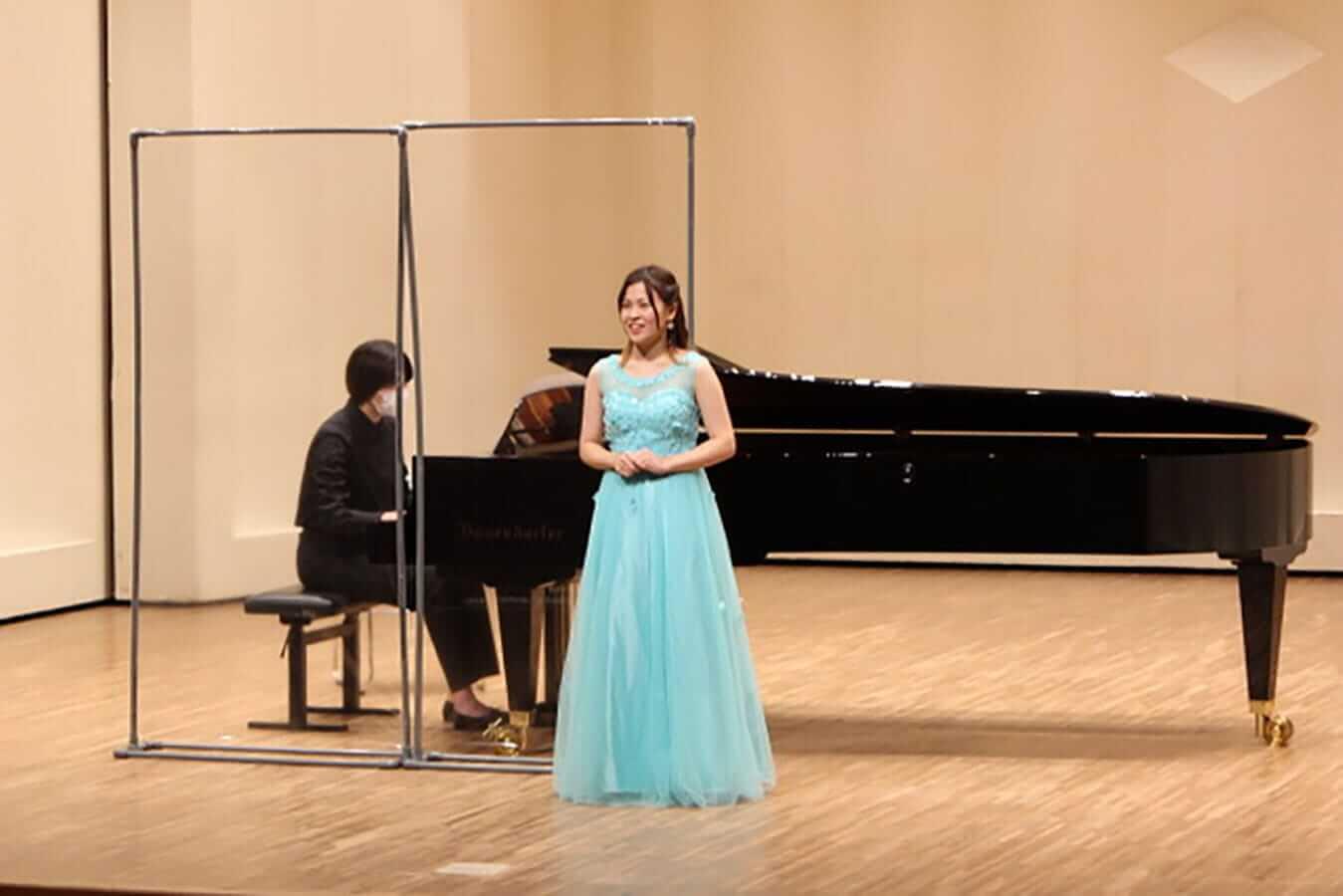 [写真]学内演奏会 ―声楽コース 1・2年次 独唱 3年次 日本歌曲―演奏風景11