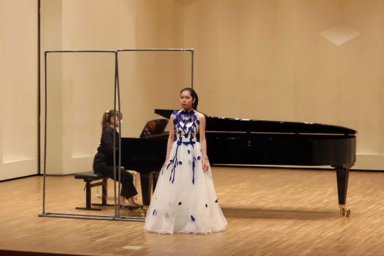 [写真]学内演奏会 ―声楽コース 1・2年次 独唱 3年次 日本歌曲―演奏風景12